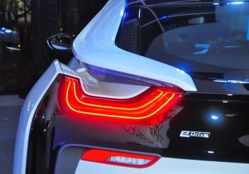 BMW i8 Coupe - 12