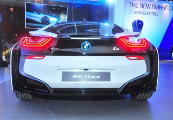 BMW i8 Coupe - 14