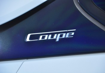 BMW i8 Coupe - 16
