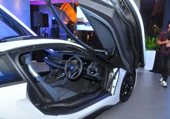 BMW i8 Coupe - 19
