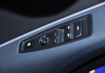 BMW i8 Coupe - 28