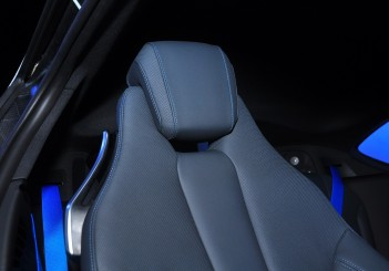 BMW i8 Coupe - 32