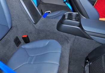 BMW i8 Coupe - 35