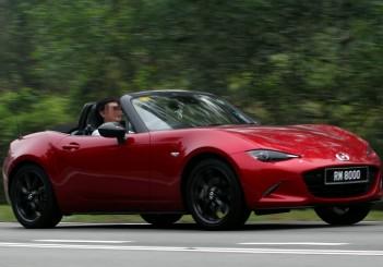 Mazda MX5 13
