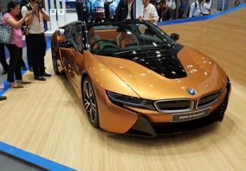 BMW i8 roadster (6)