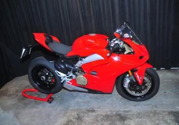 Ducati Panigale V4 - 02