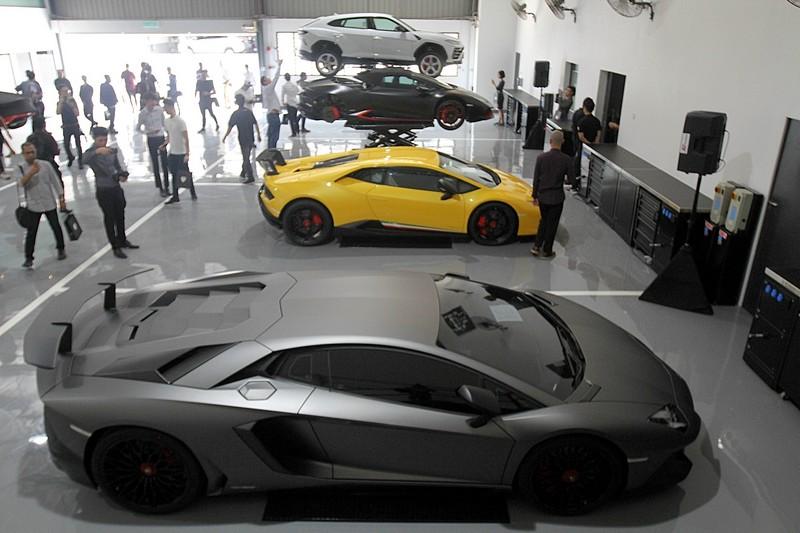 Lamborghini Kl Sales Up To 38 Supercars In 2018 Carsifu