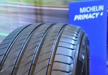 Michelin Primacy 4 - 28