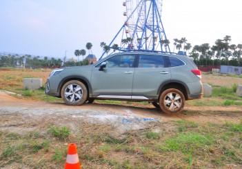 Subaru Forester drive in Taiwan - 28