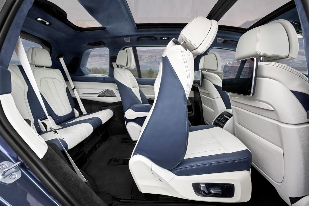 2019 BMW X7 (10)