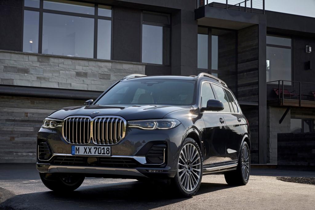 2019 BMW X7 (12)