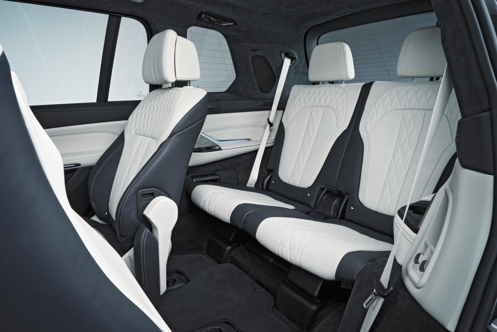2019 BMW X7 (15)