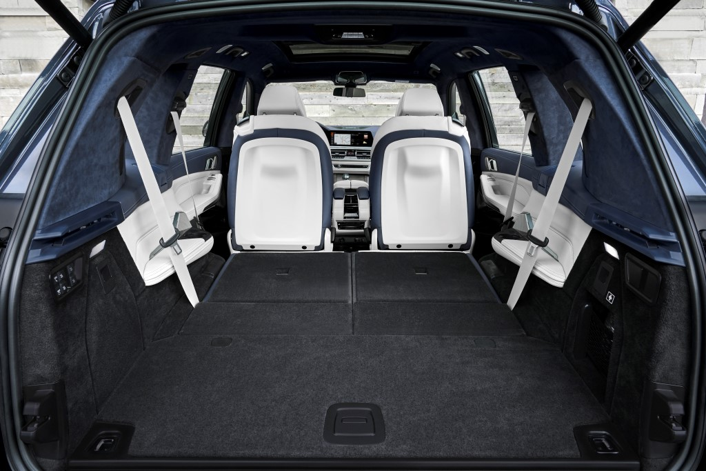 2019 BMW X7 (5)