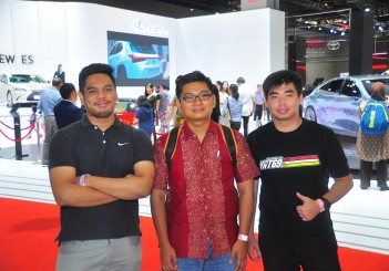 01 From left - Muhammad Eydzuan bin Rosley with friends Muhammad Afiq bin Amom and Ho Jin Kim in  front of the Lexus showcase.