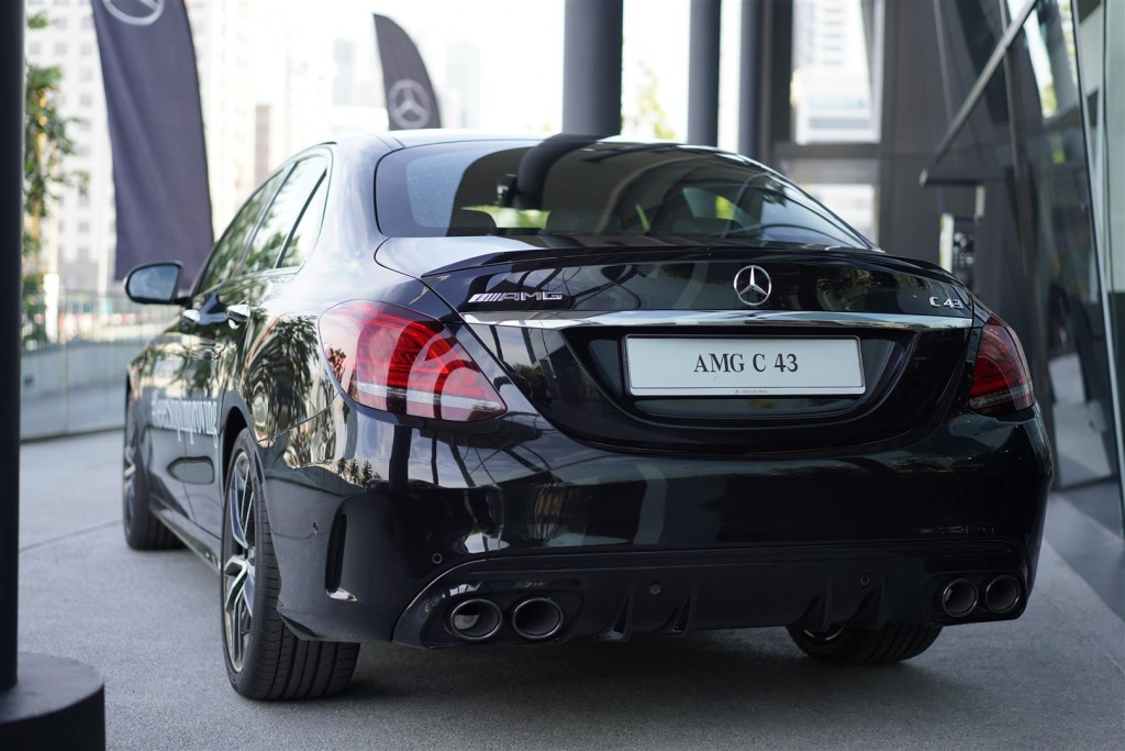 Mercedes-AMG C 43 4MATIC - 01