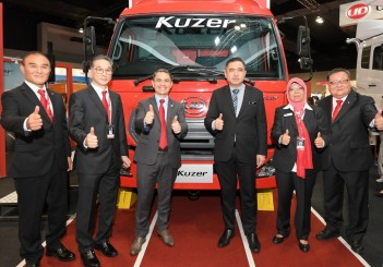 UD Trucks Kuzer (2) (Custom)