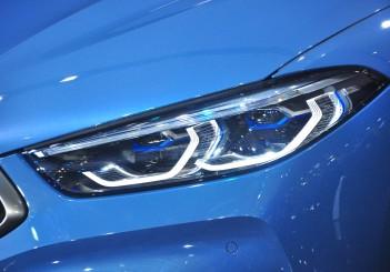 BMW 850i xDrive - 04