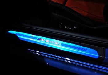 BMW 850i xDrive - 20