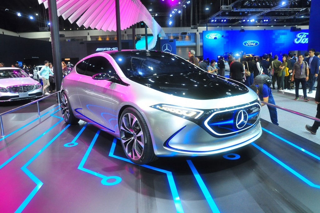 Mercedes-Benz Concept EQA - 02