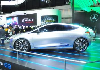 Mercedes-Benz Concept EQA - 07