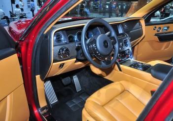 Rolls-Royce Cullinan - 13