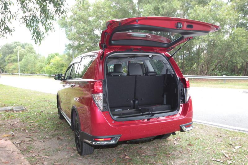 Toyota Innova 2-litre X (22)