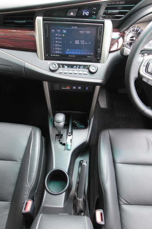 Toyota Innova 2-litre X (23)
