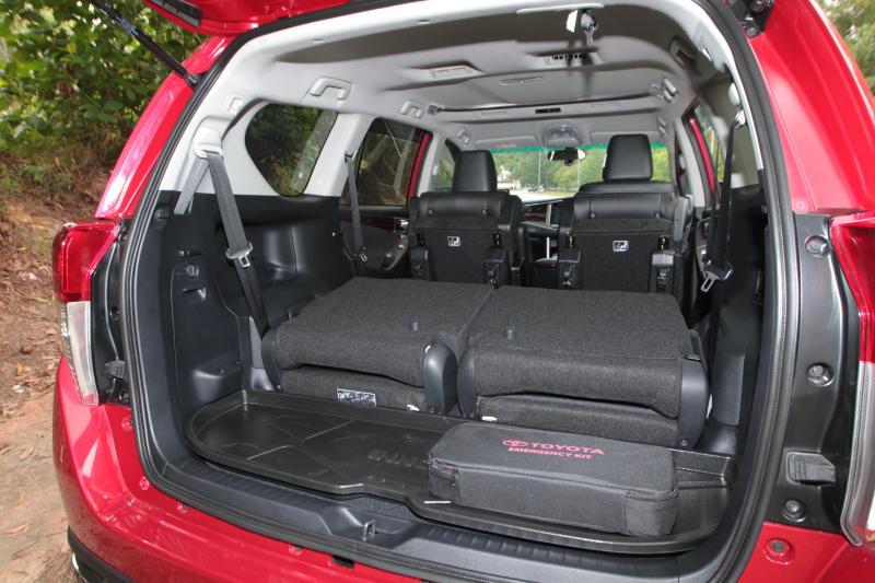 Toyota Innova 2-litre X (25)