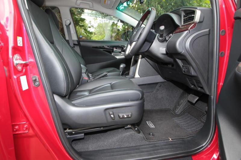 Toyota Innova 2-litre X (26)