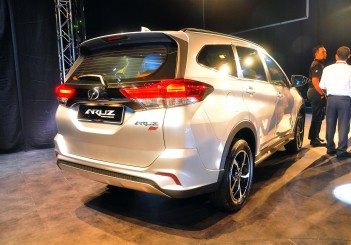 Perodua Aruz launched, two variants from RM73K  CarSifu