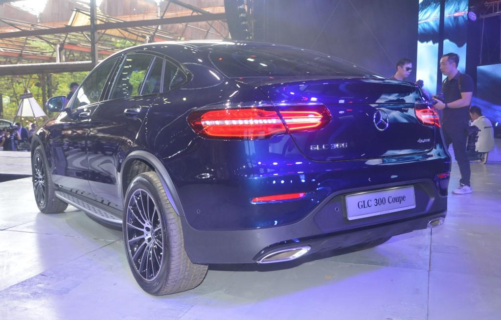 Mercedes-Benz GLC 300 Coupé AMG Line (3)