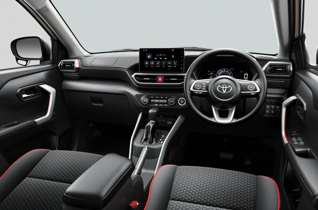 Toyota-Raize-40-1024x679