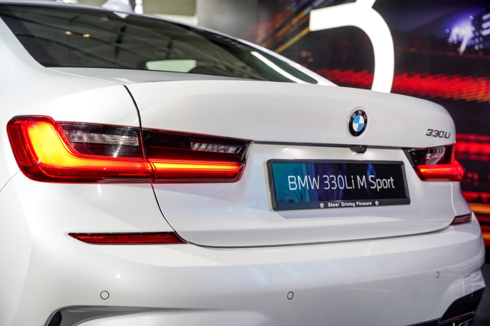 10. BMW Malaysia Reveals the New Dimension of Sporting Prowess – the First-Ever BMW 330Li M Sport