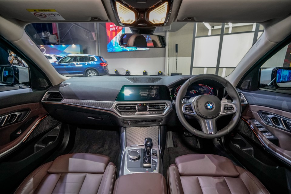 14. BMW Malaysia Reveals the New Dimension of Sporting Prowess – the First-Ever BMW 330Li M Sport