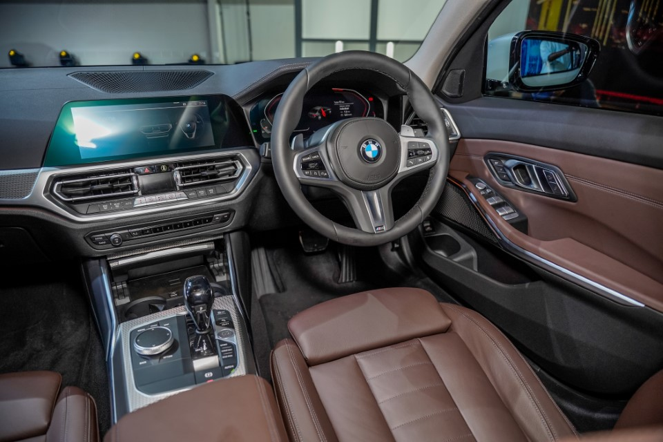 15. BMW Malaysia Reveals the New Dimension of Sporting Prowess – the First-Ever BMW 330Li M Sport