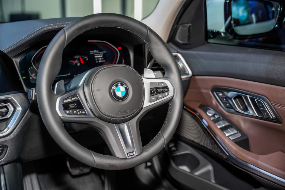 16. BMW Malaysia Reveals the New Dimension of Sporting Prowess – the First-Ever BMW 330Li M Sport