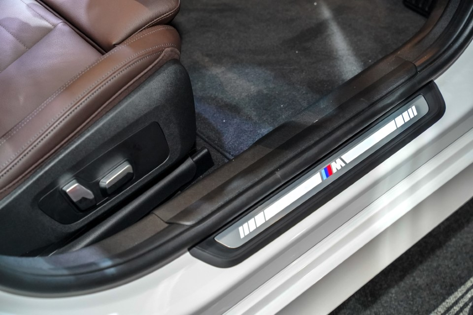 21. BMW Malaysia Reveals the New Dimension of Sporting Prowess – the First-Ever BMW 330Li M Sport