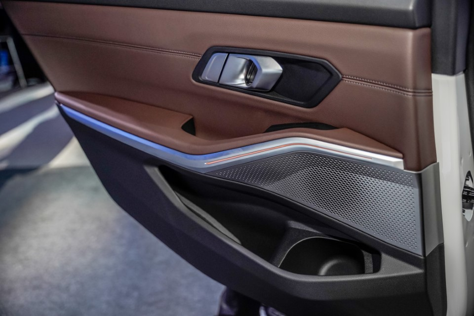 27. BMW Malaysia Reveals the New Dimension of Sporting Prowess – the First-Ever BMW 330Li M Sport