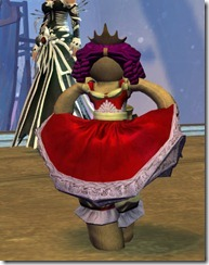 gw2-mini-princess-doll-wintersday-3