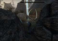 eso-eastmarch-skyshards-guide-strewn-between-tusks-near-the-barrow-2