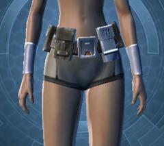 swtor-unburdened-champion-armor-set-hotshot's-starfighter-pack-belt-bracers