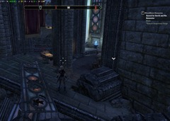 eso-cyrodiil-ebonheart-skyshards-cradled-in-a-ruined-temple-hall