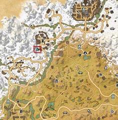 eso-eastmarch-skyshards-guide-nestled-beside-morvunskar's-royal-tomb