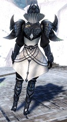 gw2-ceremonial-plated-outfit-sylvari-norn-female-3
