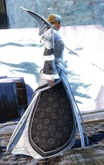 gw2-imperial-outfit-human-female-2
