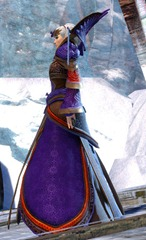 gw2-imperial-outfit-norn-female-2