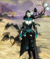 gw2-nightfury-halloween-shoulders