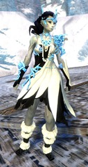 gw2-nature's-oath-outfit-sylvari-female