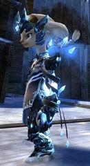 gw2-crystal-savant-outfit-asura-2