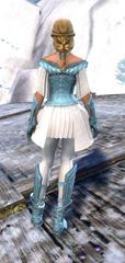 gw2-gwen's-attire-female-human-female-3